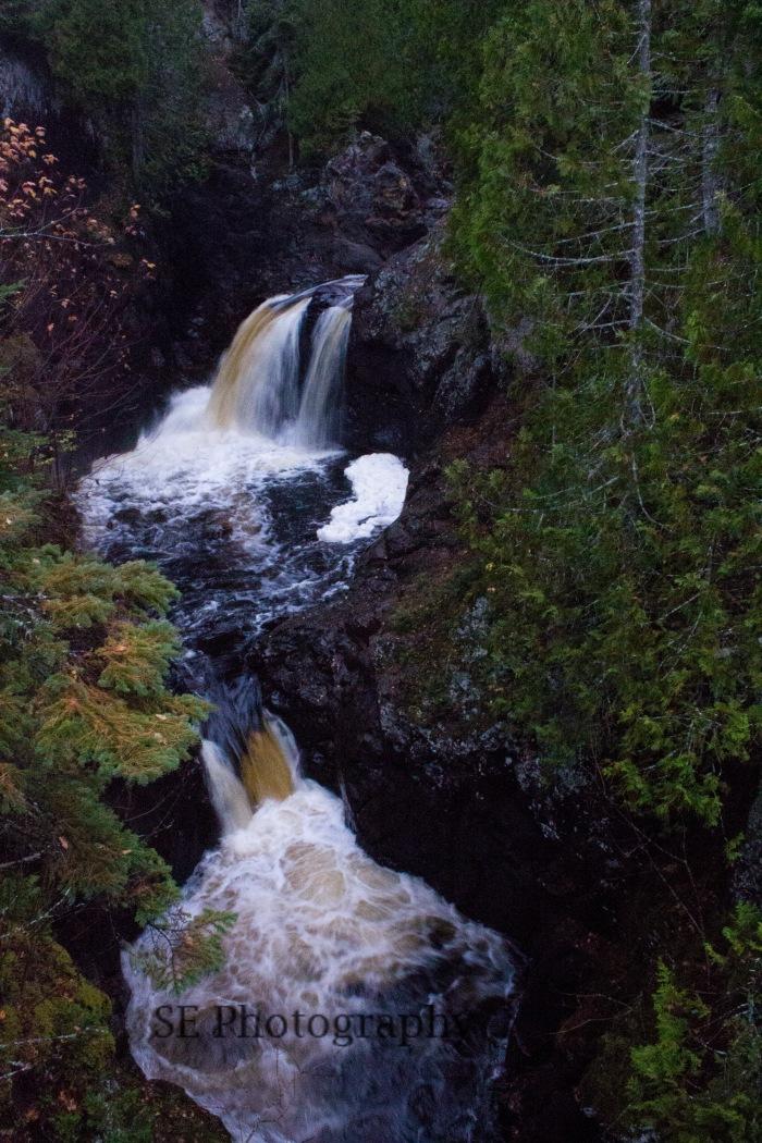 Twin Waterfalls - WM